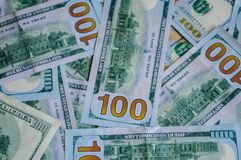 Investindo no dinheiro, dólares fotos de stock