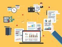 Investissement, analytics avec le rapport de croissance Photos libres de droits