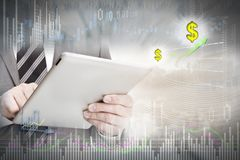 Investisseur avec la tablette photographie stock libre de droits