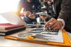 Investisseur professionnel de réunion d'affaires deux illustration de vecteur
