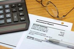 Investitions-Report Lizenzfreie Stockbilder