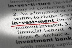 Investitionstext und -definition lizenzfreies stockbild