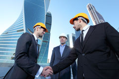 Investor and contractor shaking hands Royalty Free Stock Images