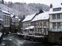 Invierno Alemania de la nieve de la ciudad Fotografía de archivo libre de regalías
