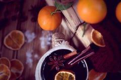 Invierno caliente con té y mandarinas Imágenes de archivo libres de regalías