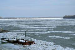 Invierno crudo de Danubio Foto de archivo libre de regalías