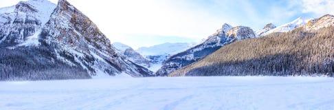 Invierno de Lake Louise Foto de archivo libre de regalías