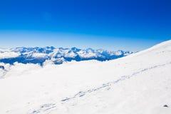 Invierno del día de la montaña foto de archivo