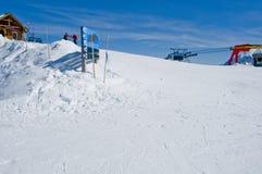 Invierno del fernie de la estación de esquí Imagenes de archivo