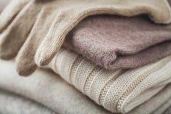 Invierno del suéter de las lanas Imagenes de archivo