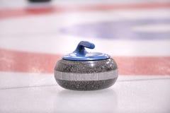 Invierno Deporte-Que se encrespa, la roca del granito Imagenes de archivo