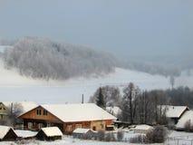 Invierno en el pueblo Fotografía de archivo libre de regalías