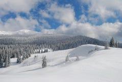 Invierno en montañas Fotos de archivo libres de regalías