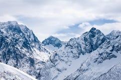Invierno en montañas. Fotografía de archivo