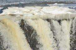 Invierno Flowage sobre la presa del río Misisipi Fotografía de archivo