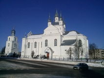 Invierno frío hermoso en ciudad bielorrusa Fotografía de archivo