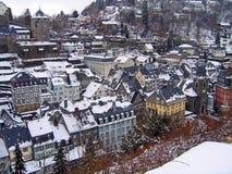 Invierno Monschau Alemania de los tejados Foto de archivo libre de regalías