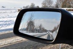 Invierno que conduce en nieve Fotografía de archivo