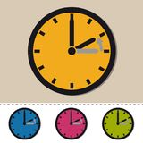 Invierno - retraso de tiempo detrás - icono colorido del vector fijado - aislado en blanco stock de ilustración
