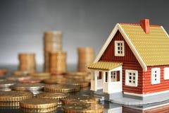 Invierta en concepto de las propiedades inmobiliarias. fotos de archivo libres de regalías