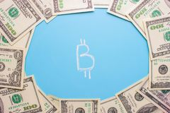 Invierta en concepto del bitcoin fotografía de archivo libre de regalías