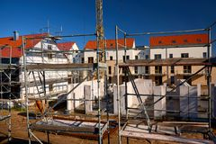 invierta en la construcción de viviendas foto de archivo