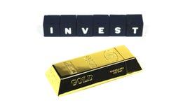 Invierta en oro Imagen de archivo libre de regalías