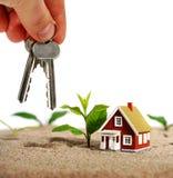 Invierta en propiedades inmobiliarias. foto de archivo