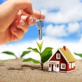 Invierta en propiedades inmobiliarias. imagenes de archivo