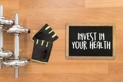 Invierta en su concepto sano de la forma de vida de la salud con dieta y el fi Imagenes de archivo