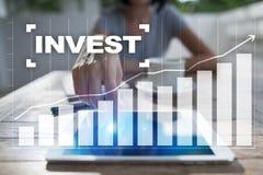 Invierta la rentabilidad de la inversión Conceptual financiero Image Concepto de la tecnología y del negocio Fotos de archivo libres de regalías