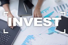 Invierta la rentabilidad de la inversión Conceptual financiero Image Concepto de la tecnología y del negocio Fotografía de archivo libre de regalías