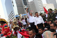 Invigning av presidenten och vicepresidentet av Indonesien Joko Widodo och Jusuf Kalla Fotografering för Bildbyråer