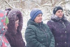 Invigningen av vattenkällan på den kristna ferien av dopet i den Kaluga regionen av Ryssland Arkivfoto
