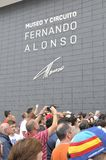 Invigningmuseum av F1 chauffören Fernando Alonso Arkivbilder