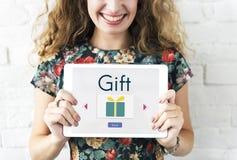 Invii il concetto attuale di sorpresa del contenitore di regalo Immagini Stock