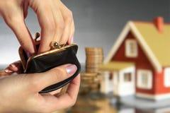 Invista no conceito dos bens imobiliários. imagens de stock royalty free
