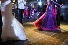 Invités dansant à la partie Photo libre de droits