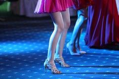 Invités dansant à la partie Photos libres de droits