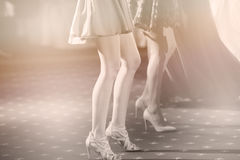 Invités dansant à la partie Photos stock