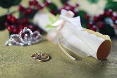 Invitación del fondo del anillo de bodas Imágenes de archivo libres de regalías