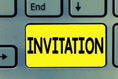 Invitación del texto de la escritura de la palabra Concepto del negocio para la petición escrita o verbal alguien de ir en alguna stock de ilustración