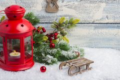 invitation new year Παιχνίδια και ντεκόρ Το θέμα του νέων έτους και των Χριστουγέννων στοκ εικόνες με δικαίωμα ελεύθερης χρήσης