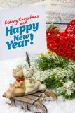 invitation new year Παιχνίδια και ντεκόρ Το θέμα του νέων έτους και των Χριστουγέννων Στοκ Φωτογραφία