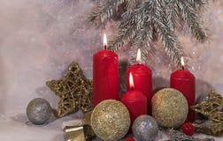 invitation new year Свечи красного цвета рождества Дизайн ` s Нового Года стоковое фото rf