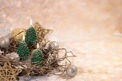 invitation new year Свечи рождественской елки в дизайне Нового Года золота стоковое изображение