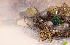 invitation new year 在金子新年的设计的圣诞树蜡烛 免版税图库摄影