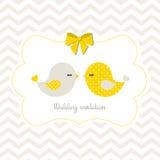 Invito con due uccelli svegli, illustrazione di nozze Immagini Stock
