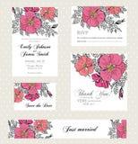 Invito di nozze messo con i fiori d'annata Fotografia Stock