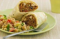 Involucro del Burrito del fagiolo nero e del pollo Fotografie Stock Libere da Diritti